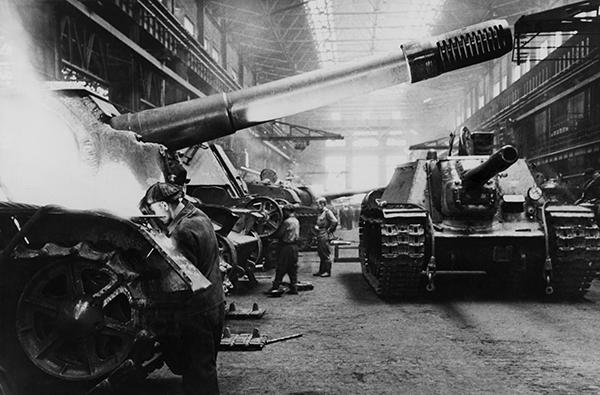 תעשיית יצור הטנקים ברוסיה במלחמת העולם השניה